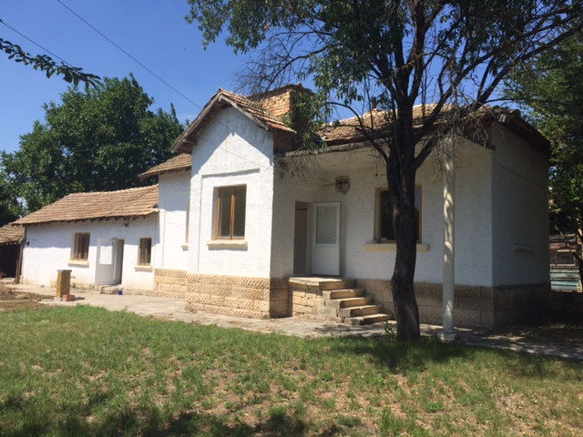 Private Bungalow for Sale in Shumen