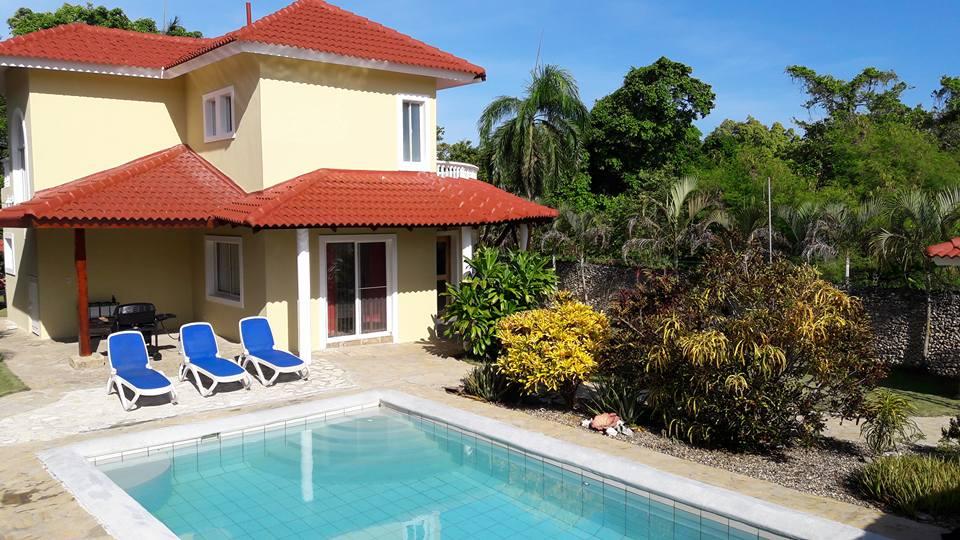 Villa for Sale in Perla Marina