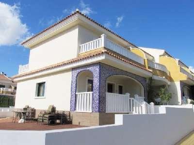 Lola Townhouse