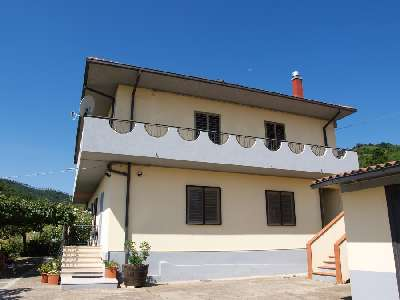 3 Storey Villa for Sale on the Outskirts of Amaroni